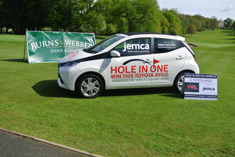 A Hole In One – Jemca Toyota Edgware Road and Mane Chance Sanctuary Team Up For Golf